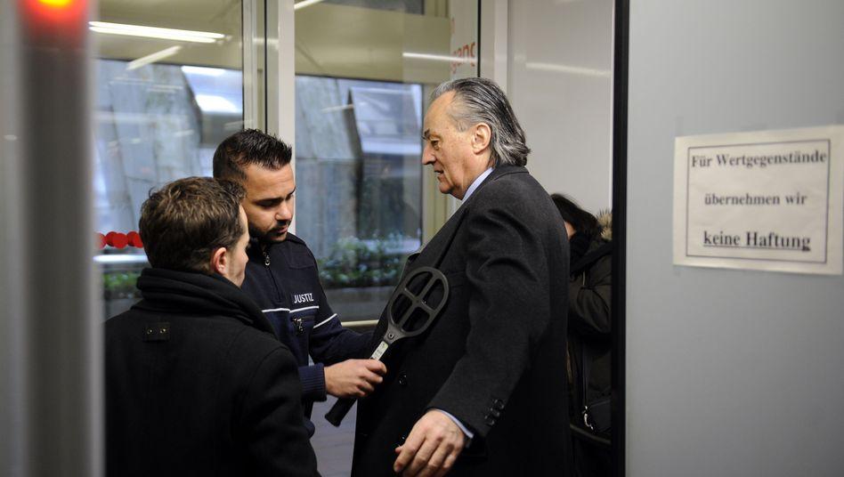 Im Juni geht's weiter: Der ehemalige Sal.Oppenheim-Gesellschafter Friedrich Carl Janssen im Februar vor Gericht