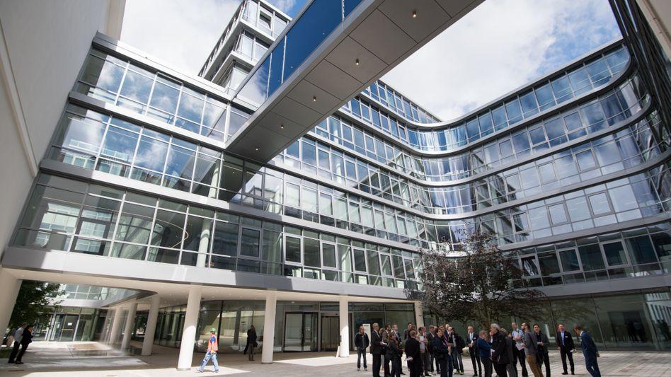 Neue Siemens-Konzernzentrale: Auf den Kauf von Dresser-Rand in den USA folgte die Fusion der Windkraft-Sparte mit der spanischen Gamesa