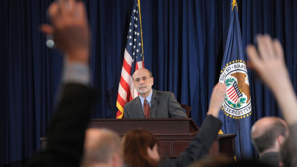 Bernanke schreibt Geschichte: Der US-Notenbankchef gibt die erste Pressekonferenz der Fed nach einer Zinsentscheidung