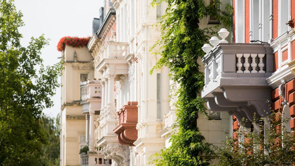 Altbauwohnungen in Köln: Immobilienkredite sind derzeit günstig wie nie - dies treibt die Wohnungspreise vor allem in Großstädten in die Höhe