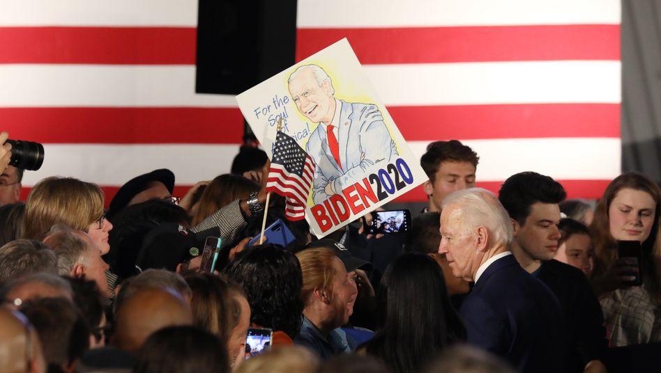 Joe Biden (vorne rechts) in South Carolinas Hauptstadt Columbia