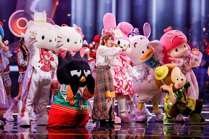 Am 11.11. trägt man auch in Shanghai Kostüme: TV-Show zum Singles' Day.