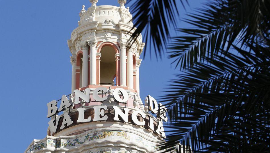 Stellenkahlschlag: Die übernommene Banco de Valencia will rund 900 Mitarbeitern kündigen, heißt es.