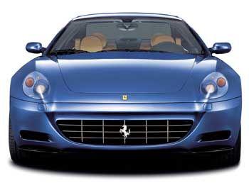 Frontansicht des Ferrari 612 Scaglietti.
