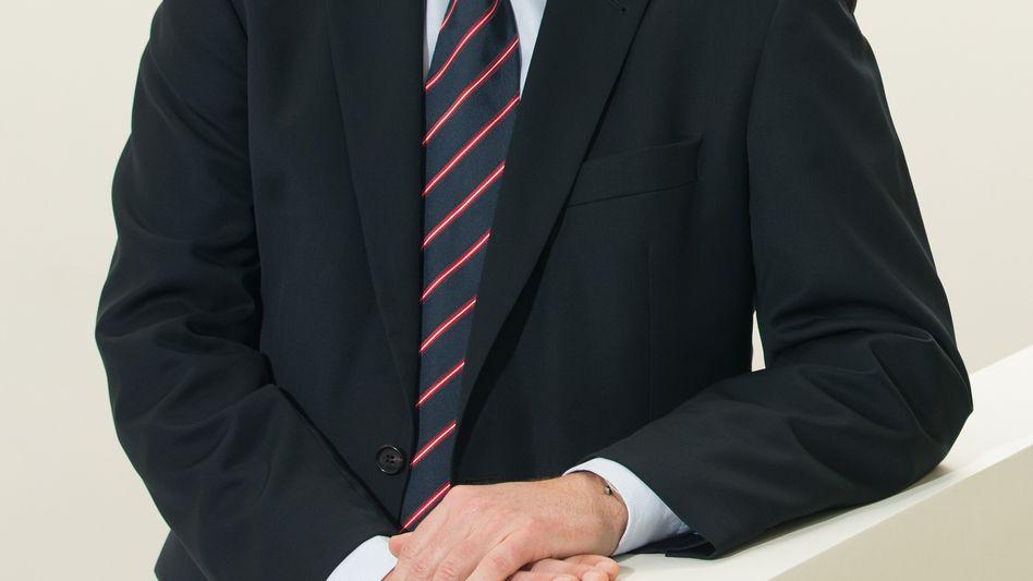 Joachim Wenning löst im April 2017 Nikolaus von Bomhard an der Spitze der Munich Re ab