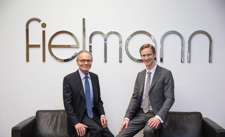 Chef-Duo: Günther Fielmann (l) und sein Sohn Marc