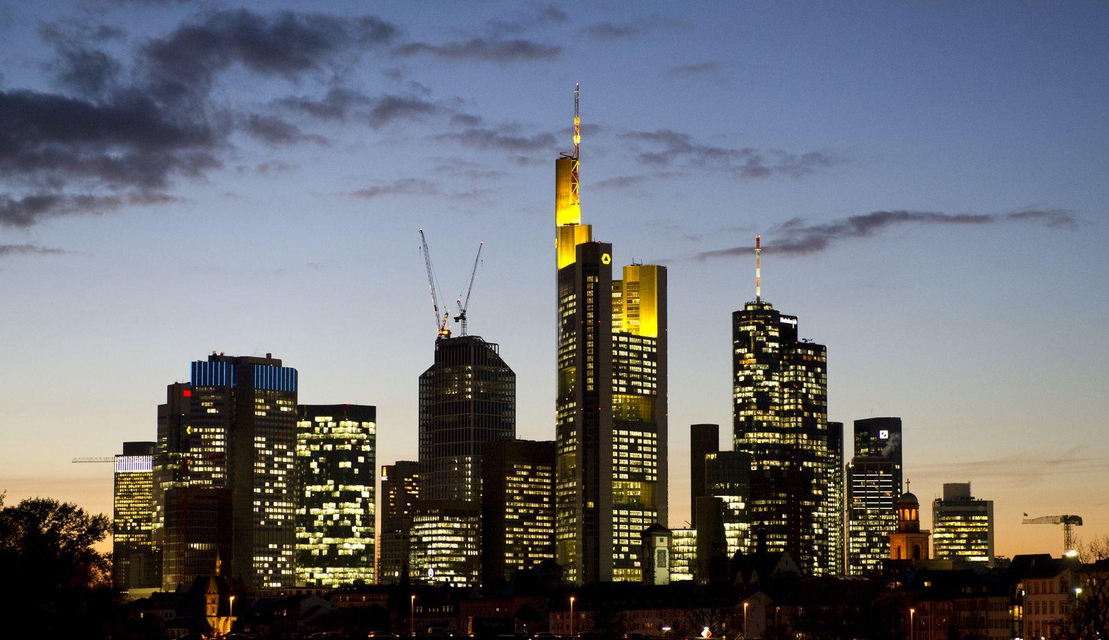 Commerzbank/ Zentrale/ Skyline/ Frankfurt