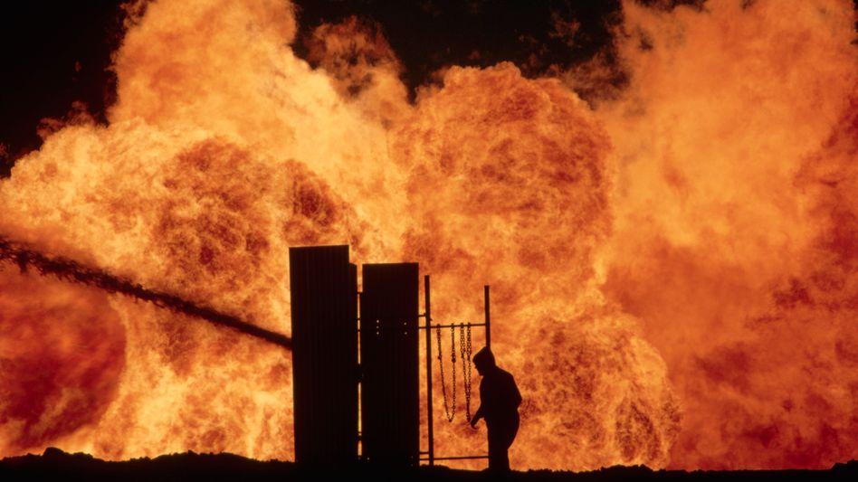 Brennende Ölquelle in Wyoming: Das Wachstum der US-Fracking-Industrie ist außer Kontrolle geraten