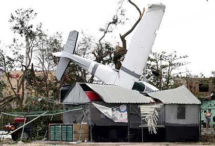 """Hurrikan """"Emily"""", 17.07.2005: Schäden im mexikanischen Urlaubsort Cancun"""
