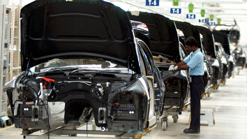 BMW-Werk im indischen Mahendra: Der Autobauer hat 30 Tage Zeit, sich zu den Vorwürfen zu äußern