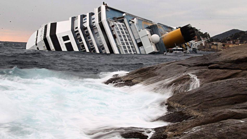 """Havarierte """"Costa Concordia"""" vor der Insel Giglio: Ende des Booms?"""