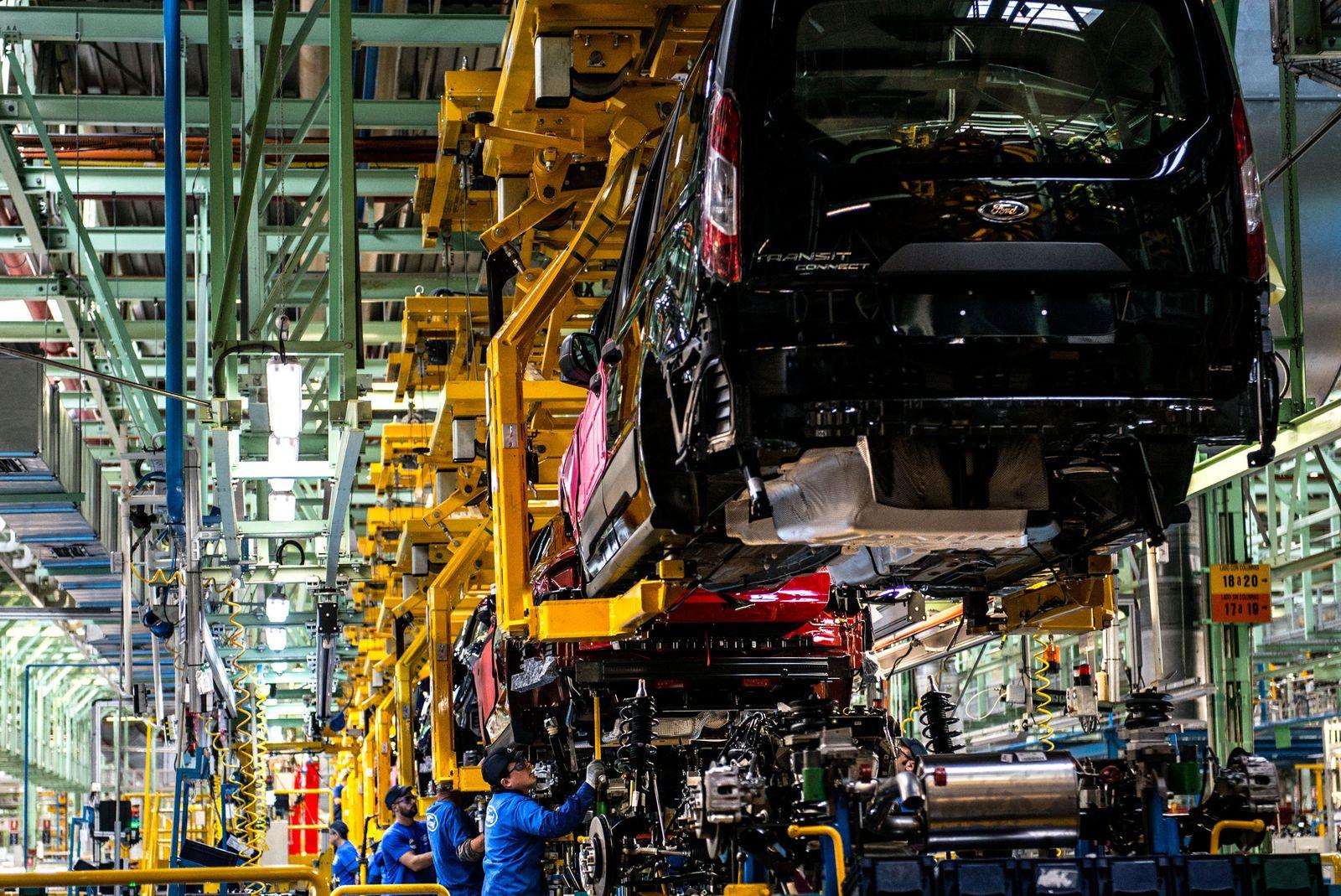 Spanien / Industrie / Autoproduktion / Ford