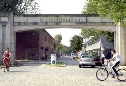 Studio Babelsberg: Spiel mit vielen Unbekannten