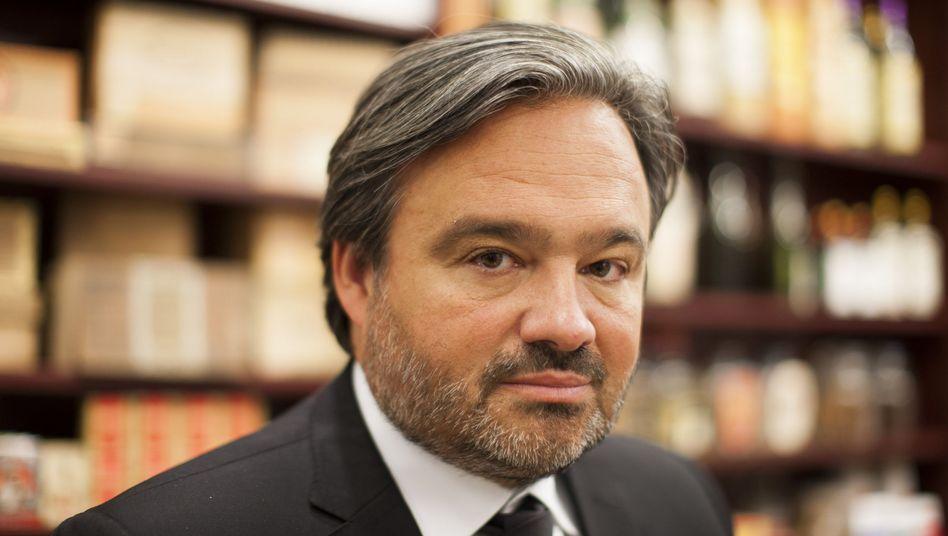 Volle Breitseite gegen den Konkurrenten Edeka: Der Vorstandsvorsitzende der Rewe Group, Alain Caparros - hier in einer Aufnahme aus dem März 2013.
