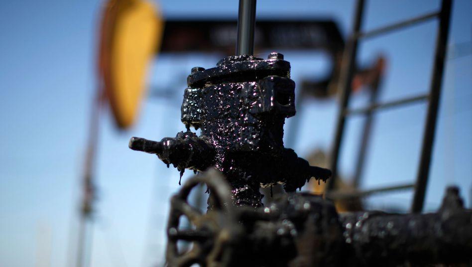 Fracking in US: Der Ölpreis-Absturz hat die US-Ölindustrie schwer getroffen, viele Produktionsanlagen ruhen
