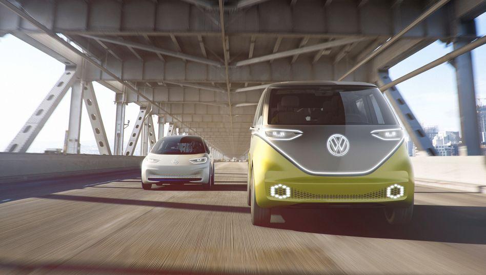 Volkswagens geplante Elektro-Modelle: Ein E-Bus (rechts) und eine E-Limousine in Golf-Abmessungen