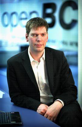 Lars Hinrichs: Der Hamburger führt das derzeit erfolgreichste deutsche Web-2.0-Start-up, die Online-Plattform OpenBC