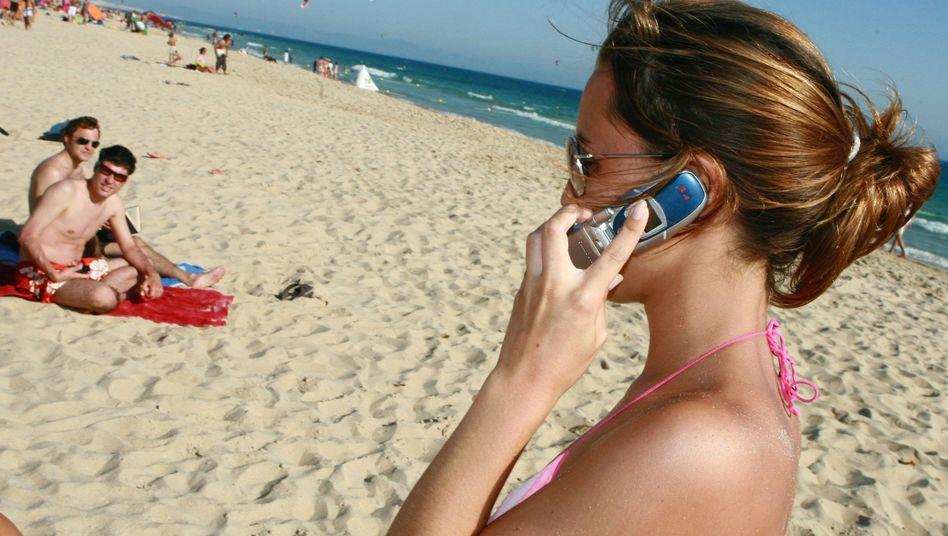 Roaming-Gebühren fallen: Ein Anruf aus dem europäischen Ausland kostet ab Juli maximal 24 Cent pro Minute