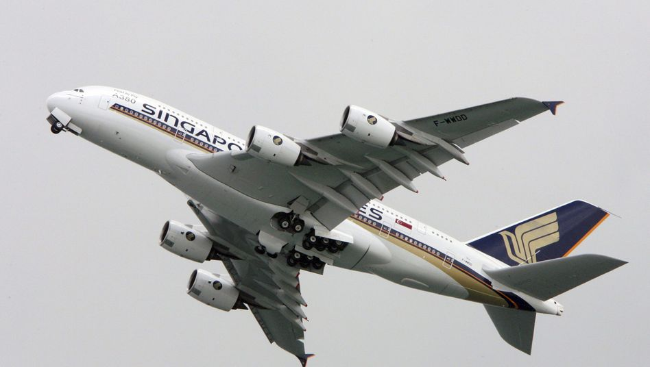 A380 von Singapore Airlines: Haarrisse an den Tragflächen sorgten in den vergangenen Monaten immer wieder für außerplanmäßige Zwischenlandungen
