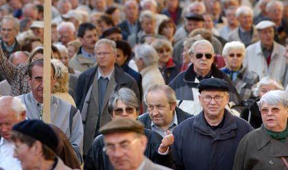 Post vom Fiskus: Seit Oktober 2005 müssen Alterseinkünfte versteuert werden. Einen pauschalen Verzicht auf Nachforderungen wird es nicht geben