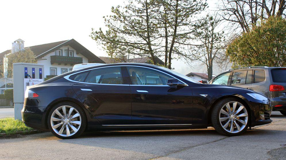 An- und Einsichten: Teslas Elektrokreuzer in Bildern
