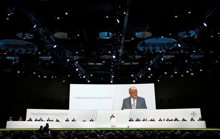 Bayer-Chefaufseher Werner Wenning: Kurz mal die Fassung verloren