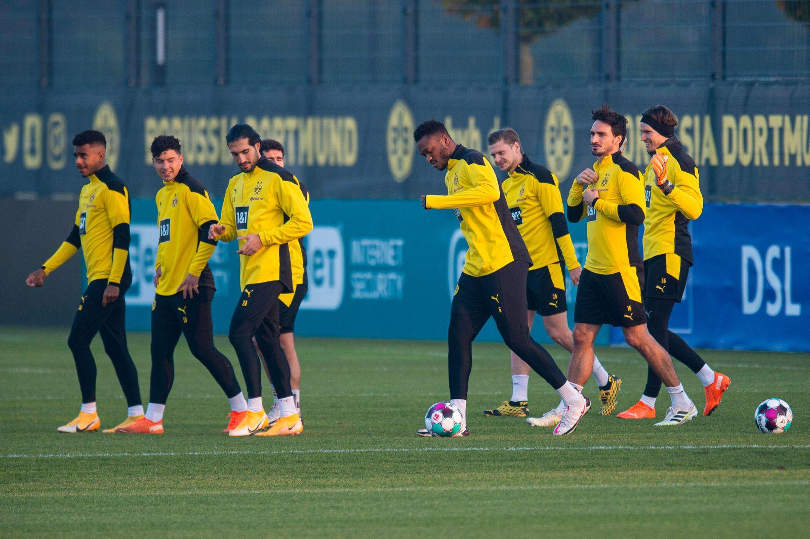 Fußball: 1. Bundesliga, Saison 2020/2021, Training von Borussia Dortmund am 11.11.2020 in Dortmund Brackel (Nordrhein-W