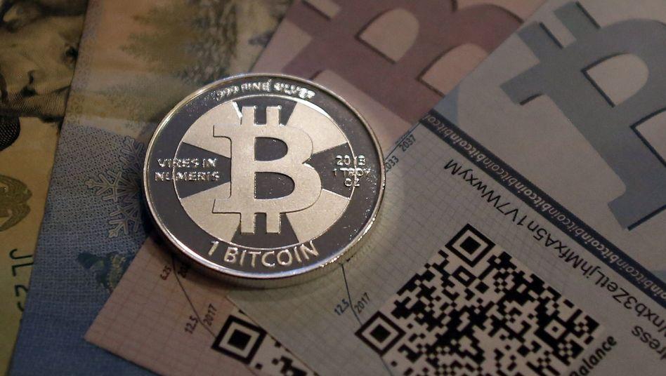Wert seit März vervierfacht: Die Kryptowährung Bitcoin hat ihre Kursrally beschleunigt