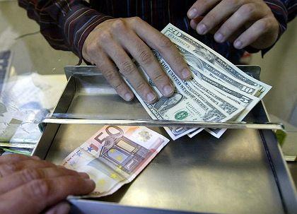 Vor der Trendwende: Dollar-Kurs könnte sich dauerhaft gegenüber dem Euro erholen