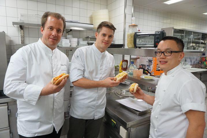 Hot Dog mit Kimchi sind der Hit: Im Hintergrund fermentiert noch etwas Sauerkraut im Kilner-Set