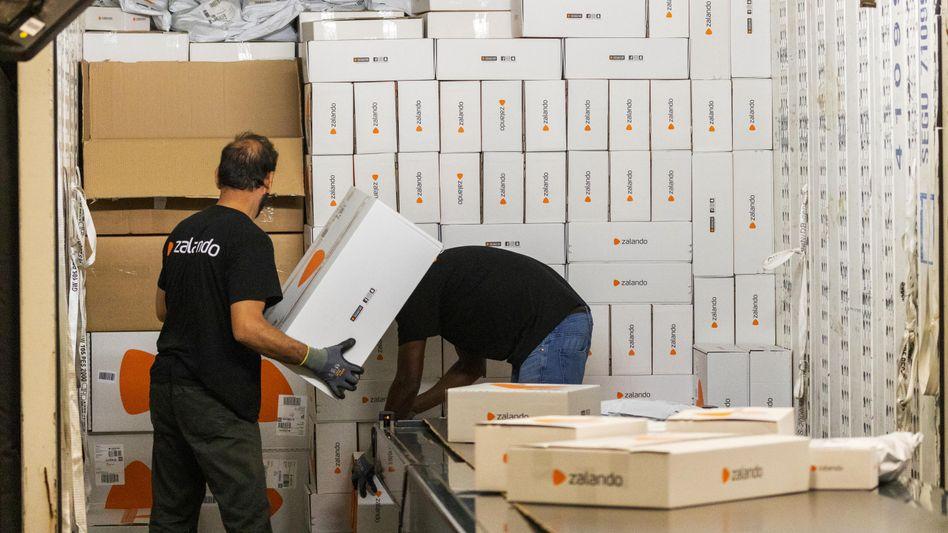Nicht von Pappe: Der Onlineversender Zalando muss über Mehrweglösungen nachdenken