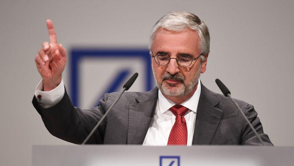 Ein Kommen und Gehen, aber er bleibt: Paul Achleitner, Aufsichtsratschef Deutsche Bank.