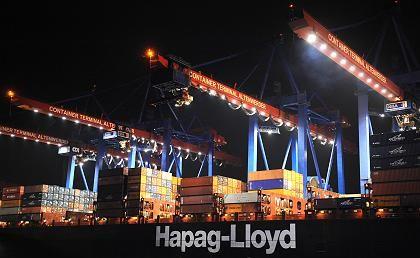 Fluch und Segen: Dank des Verkaufs von Hapag-Lloyd landete Tui im Plus - bleibt aber an Verlusten der Reederei beteiligt