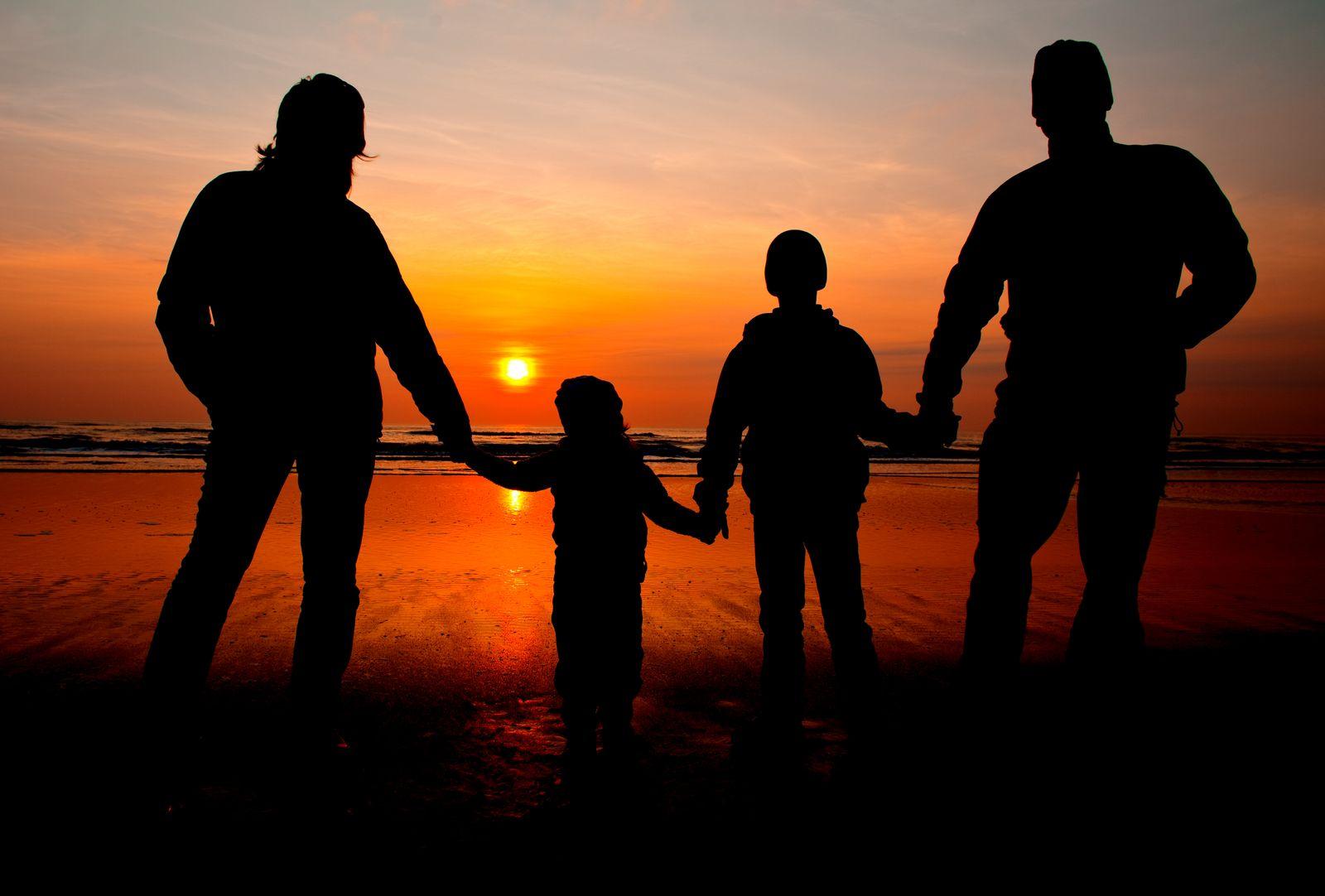 KaSP Familie Standardfamilie Durchschnittsfamilie SYMBOLBILD