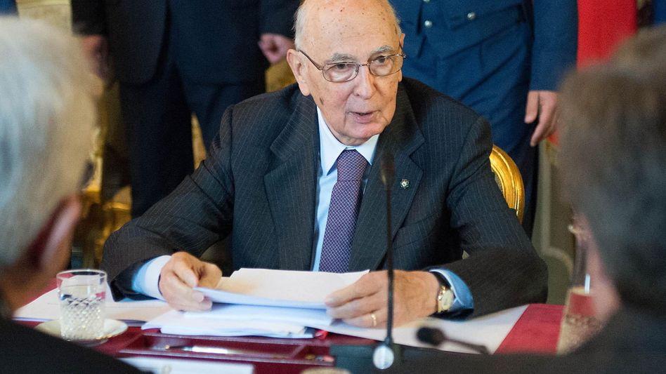 Staatskrise gelöst: Napolitano bleibt noch eine Amtszeit im Quirinalspalast