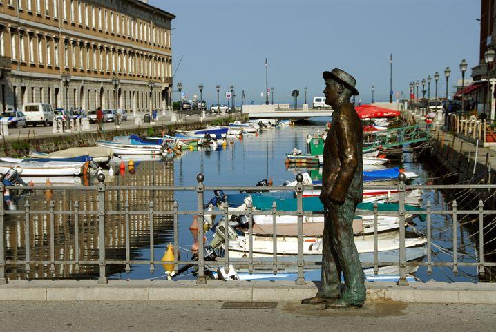 Statue des Schriftstellers James Joyce in Triest - der Ire lebte einige Zeit in der Stadt.