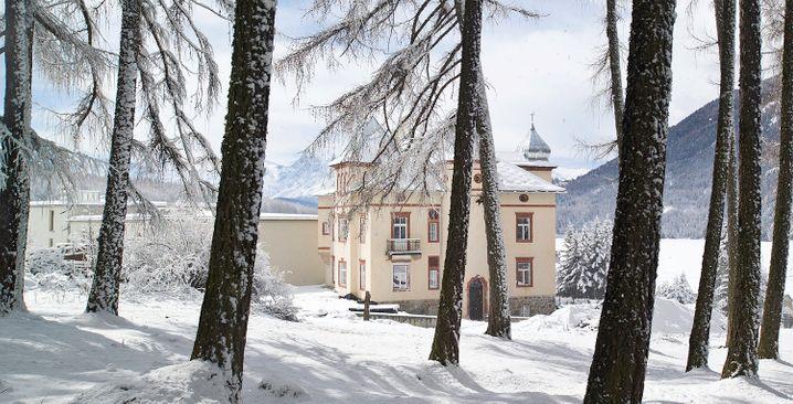 Besser schlafen in Zirbenholz: Villa Waldkönigin
