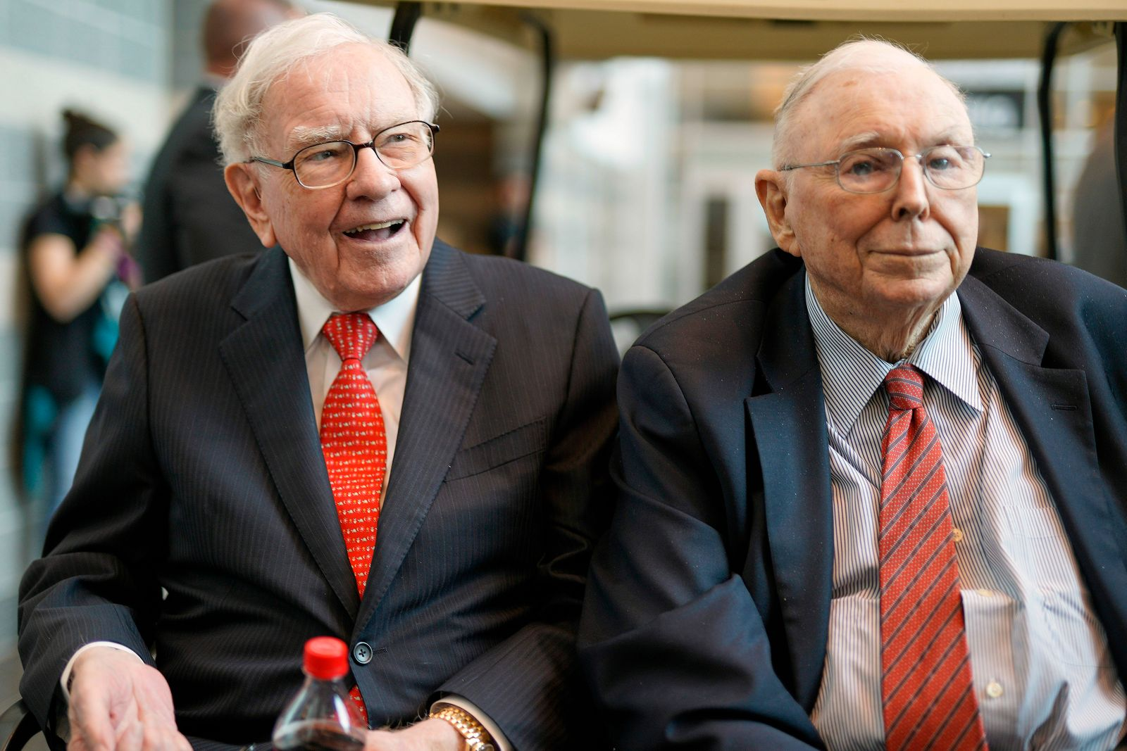 Berkshire Hathaway - Warren Buffett