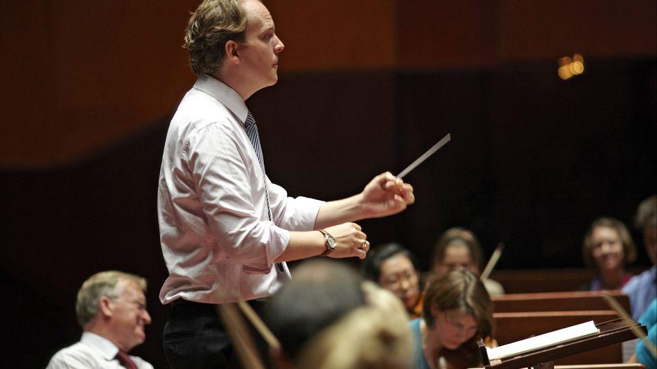 Dirigent Raphael von Hoensbroech: Workshop in der Alten Oper Frankfurt, gemeinsam mit der Jungen Deutschen Philharmonie