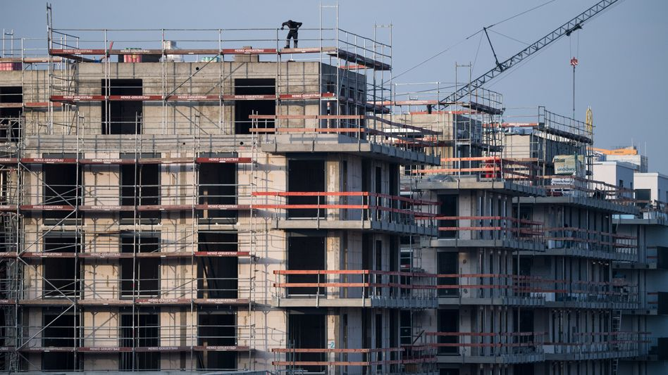 Wohnungsbau in Berlin: Die Hauptstadt gehört der Studie der Uni Freiburg zufolge zu den Ballungszentren, an deren Immobilienmärkten es künftig weiter aufwärts gehen wird.