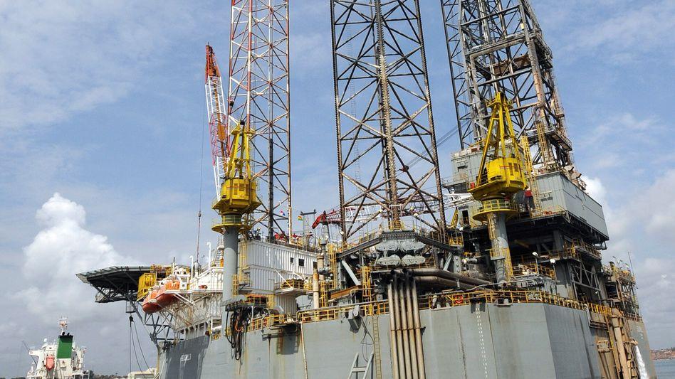 Ölbohrplattform für Ghana: Rohstoff fließt seit Ende 2010