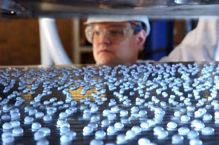 Merck: Deutlich steigender Gewinn des Darmstädter Pharmakonzerns - trotz Abschreibungen
