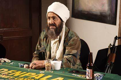 """Kinofilm """"Postal"""": Osama bin Laden berichtet, wie viele Jungfrauen den New-York-Attentätern im Paradies als Lohn für ihr Attentat zur Verfügung stehen werden. Regisseur Uwe Boll ruft zur Diskussion über den Film auf."""