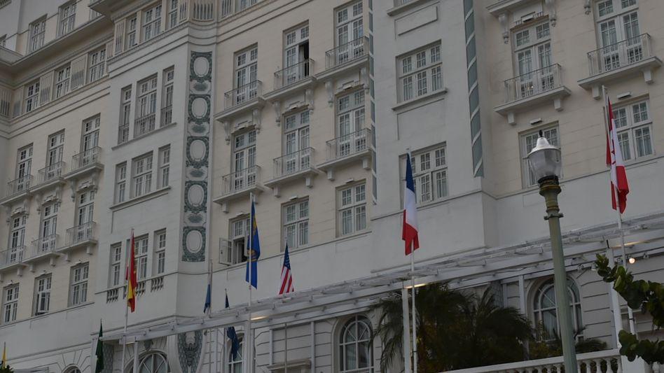 Sicherheitspersonal vor Hotel Copacabana Palace: Festnahme von Agenturchef