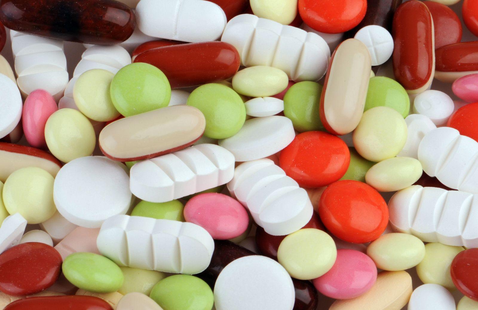 Arzneimittel / Medikamente /