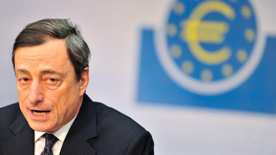 Eifriger Anleihenkäufer: EZB-Chef Draghi zögert nicht, in die Märkte einzugreifen