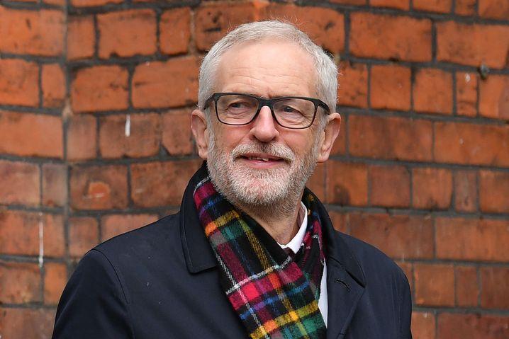 Jeremy Corbyn deutet Rücktritt an