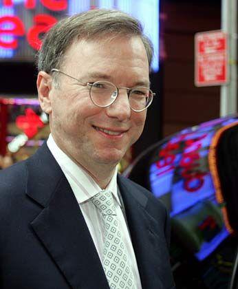 Zäher Start:CEO Schmidt versuchte zunächst mit allen Kräften, die Begegnung mit den Google-Guys zu vermeiden