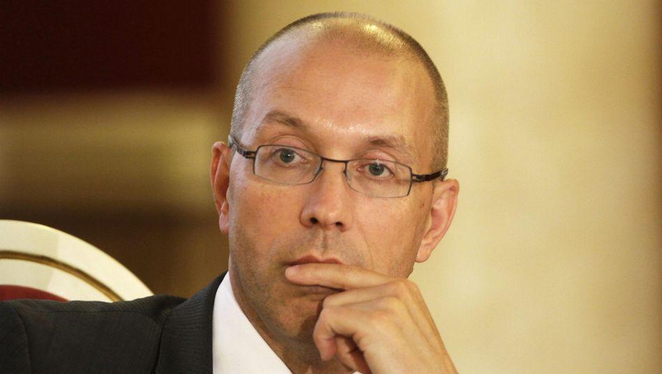 Staatssekretär Asmussen: Unstimmigkeiten mit der Chefin