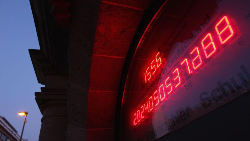 Schuldenuhr in Berlin (Bild von 2011): Erfolgreiche Lobbykampagne des Steuerzahlerbunds